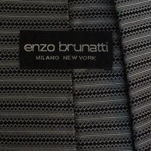 Enzo Brunatti Accessories - Enzo Brunatti silk tie in black & silver EUC